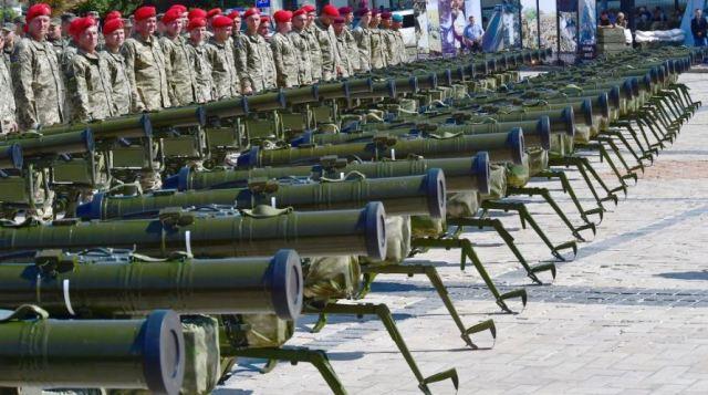 ПТРК Стугна і Корсар на виставці озброєння на День Державного прапору України